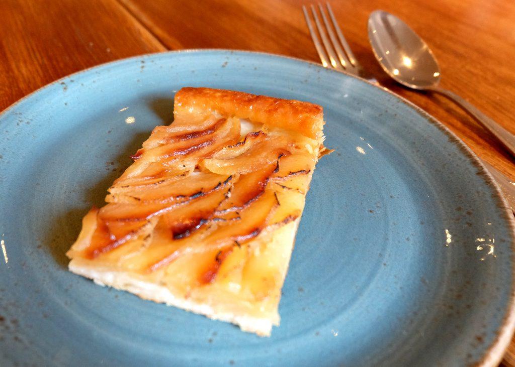 Pastabites dines at Radici