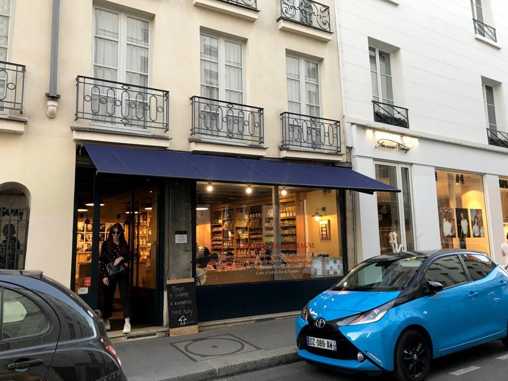 Shop front in Paris