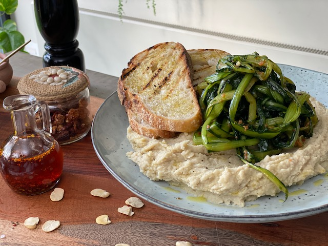 Bread and fava beans