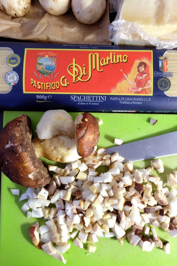 mushroom pasta recipe ingredients